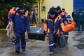 26 декабря на Черном море продолжается операцию по обнаружению жертв авиакатастрофы и обломков самолета Ту-154 Минобороны РФ, потерпевшего крушение 25 декабря над Черным морем.