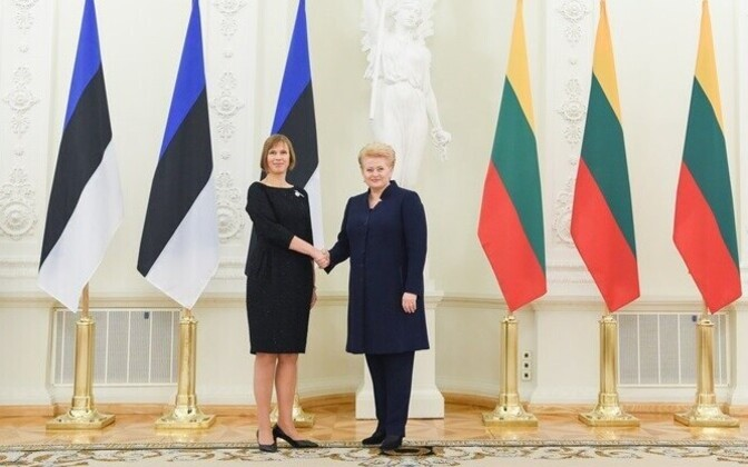 Presidents Kersti Kaljulaid and Dalia Grybauskaitė in Vilnius, Oct. 2016.