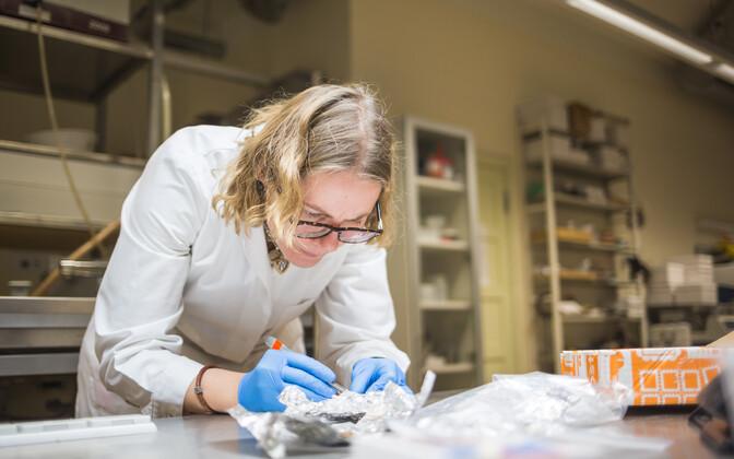 Ester Oras rääkis, et koostöö ettevõtetega annab labori töötajatele uusi teadmisi ja kogemusi.