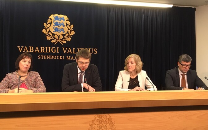 The Estonian government will meet with the Commission in Brussels in May.