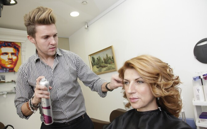 Стилист и парикмахер Денис Коваленко.
