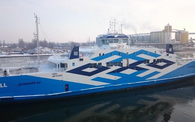 Ferry Tõll departing Remontowa Shipyard in Gdańsk, Poland. Sunday, Jan. 8, 2017.