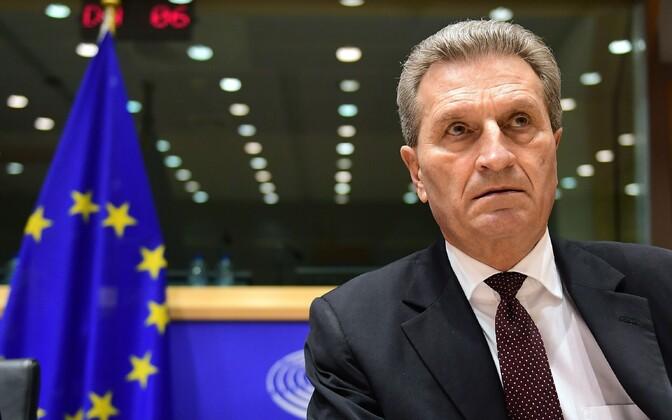 Günther Oettinger 9. jaanuaril europarlamendis küsimustele vastamas.