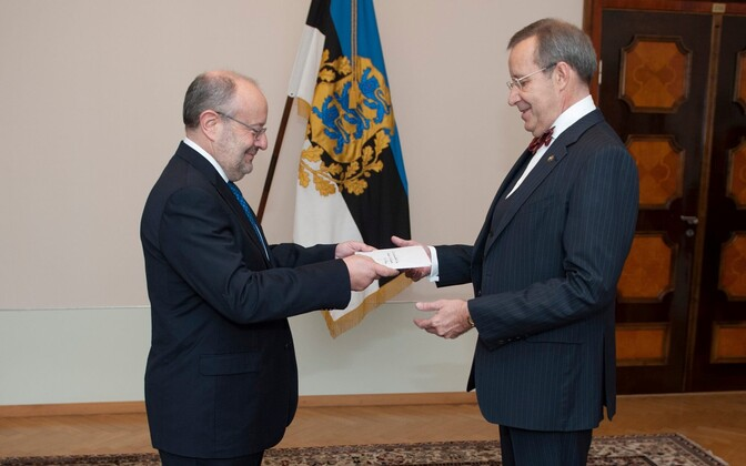 Spanish Ambassador Fernando García Casas presenting his credentials to Estonian President Toomas Hendrik Ilves. November 2014.