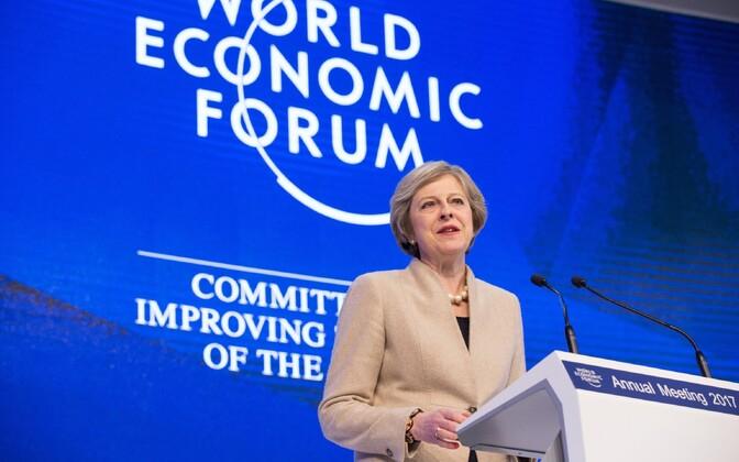 Briti peaminister Theresa May Davosis.