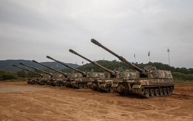 K9 Thunder howitzers.