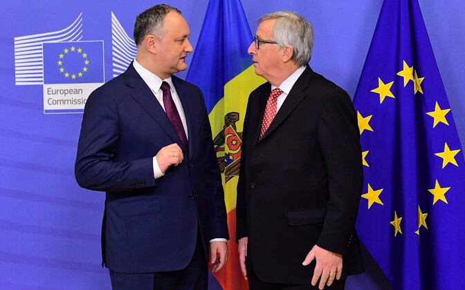 Президент Молдавии Игорь Додон и глава Еврокомиссии Жан-Клод Юнкер.