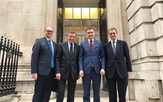 Estonian Vice-President of the Riigikogu Taavi Rõivas (third from left) met with UK officials involved in the Brexit process in London. Feb. 9, 2017.