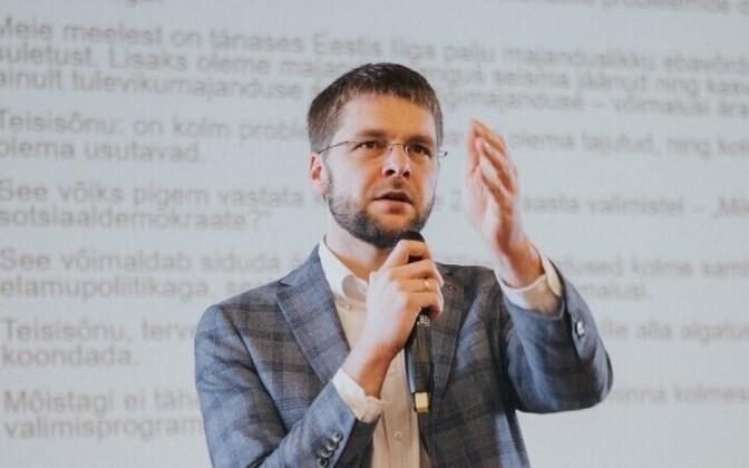 Лидер соцдемов Евгений Осиновский надеется, что его партия как минимум не утратит былых позиций.