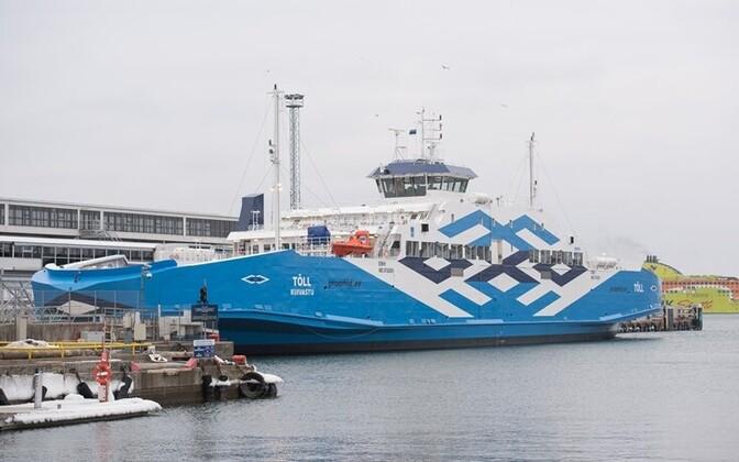 The TS Laevad-owned ferry Tõll serves the Virtsu-Kuivastu route.