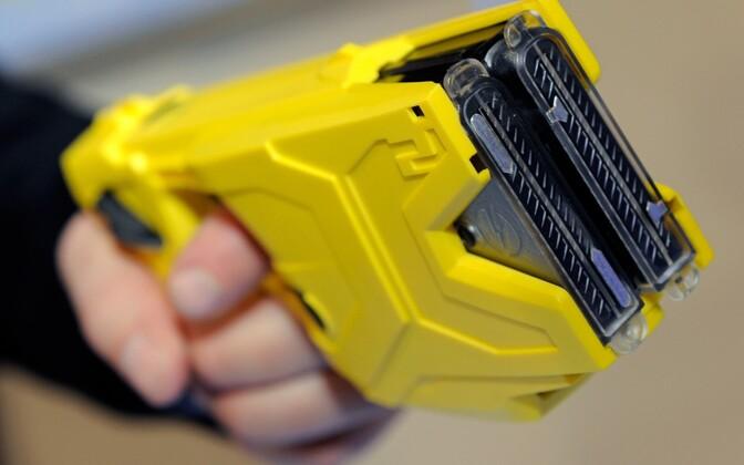 Электрошоковый пистолет.