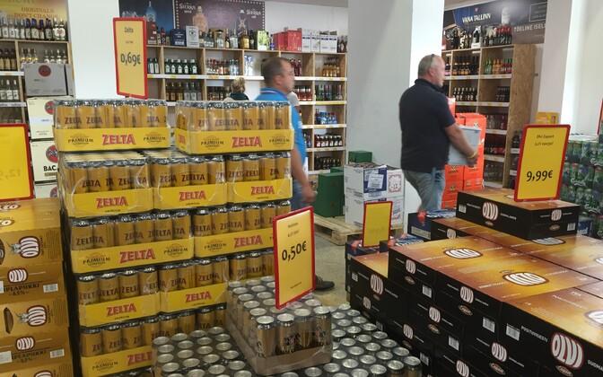 Aktsiisitõusude mõjul käiakse üha enam Lätist alkoholi ostmas.