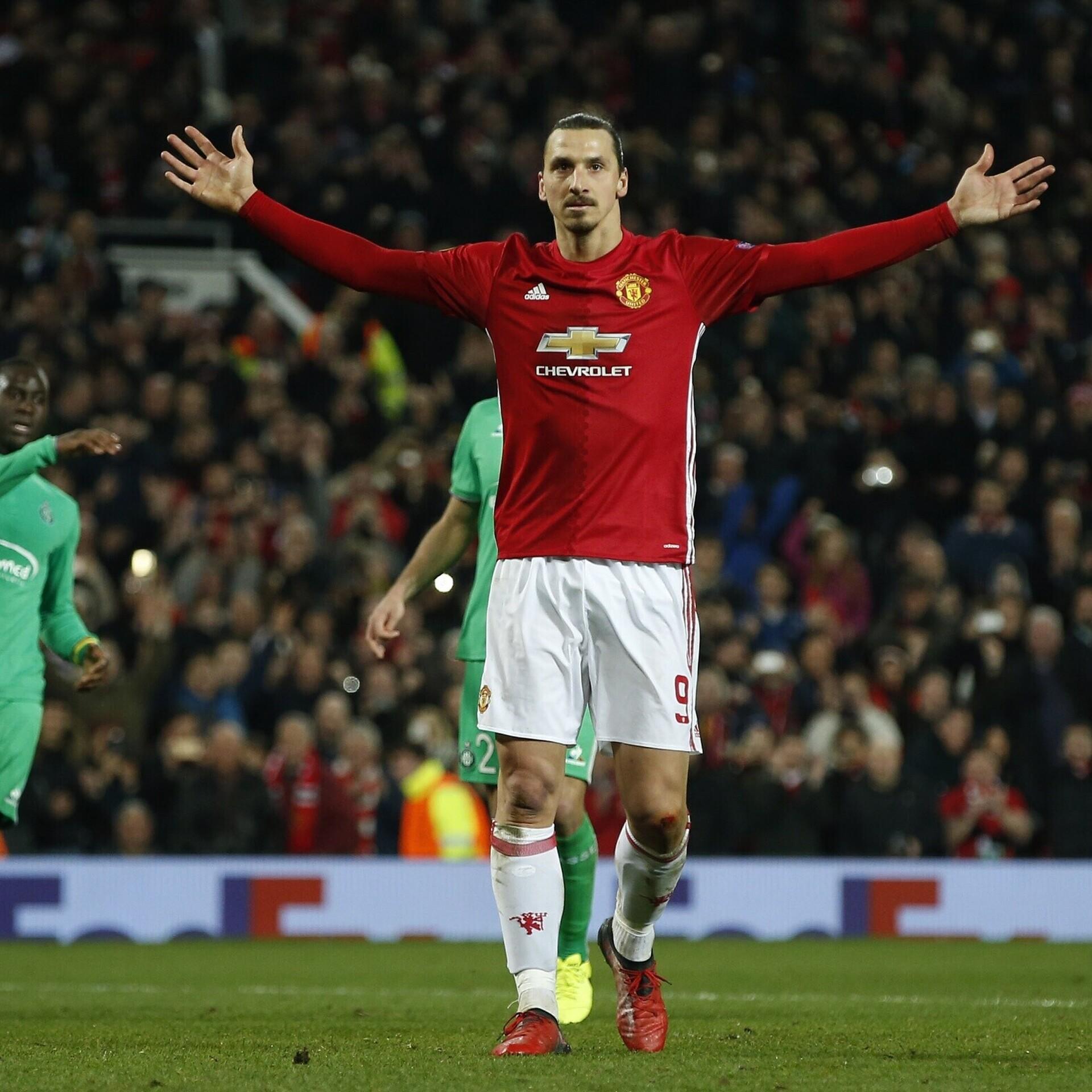 9159c056630 Vigastusest taastuv Zlatan Ibrahimovic taasliitus Manchester Unitediga |  Jalgpall | ERR