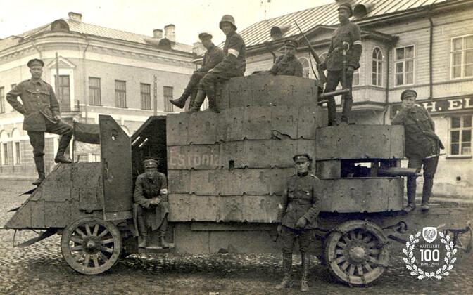 Soomusauto Estonia.