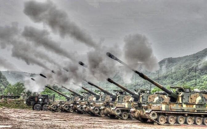 Liikursuurtükid K9 Thunder õppusel.