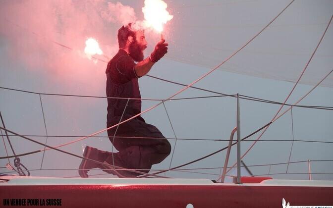 Eile, pärast 105 päeva ümber maailma purjetamist jõudis Alan Roura tagasi algusesse. Chapeau!