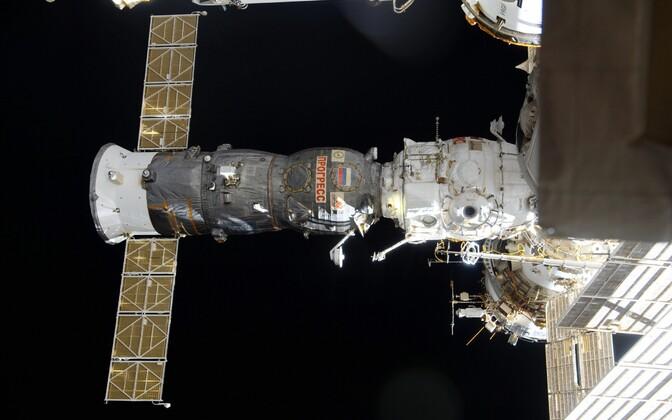 Progress rahvusvahelisse kosmosejaama juures, arhiivifoto.