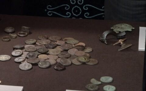 Римские монеты.