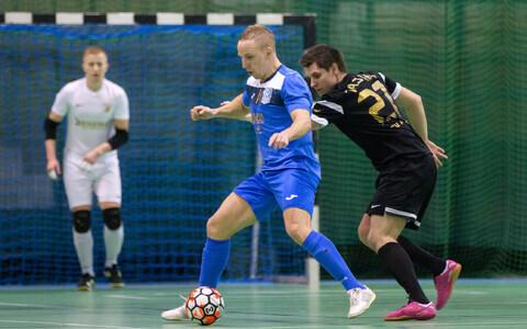 FC Cosmos ja Augur Enemat pidasid poolfinaalides maha tulise heitluse.