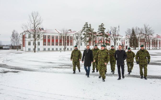 Kaitseminister Tsahkna sõnul tehakse 2. jalaväebrigaadis suuremahulisi investeeringuid.