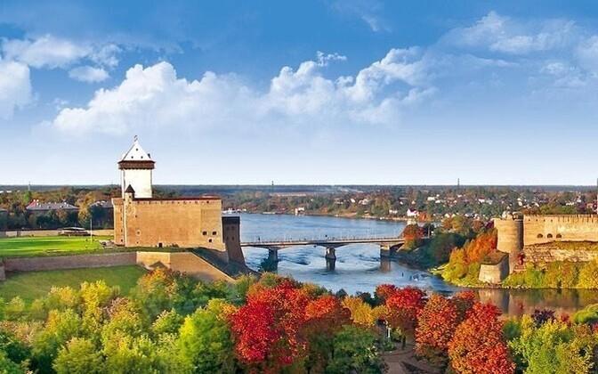 Фестиваль, организованный Хоровой школой при поддержке Нарвской городской управы и Эстонского хорового общества, объединит более 400 участников.