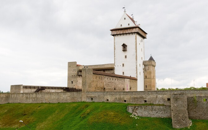 Ida-Viru County is still suffering from high unemployment, factory closures, and its relatively remote location in Estonia. The state is hoping to breathe new life into the area with development programs. Image: Narva's Hermann Castle.