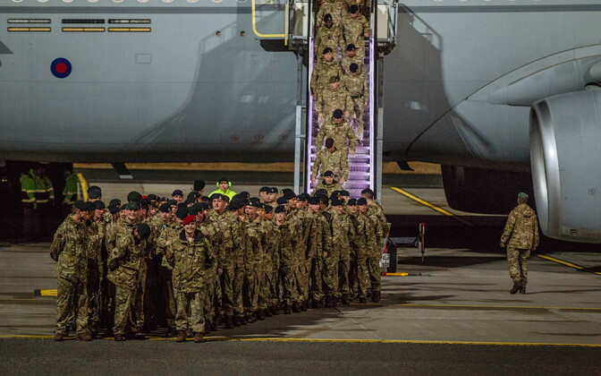 British troops arriving in Estonia.