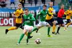 Маркус Поом (с мячом) забил пять голов.