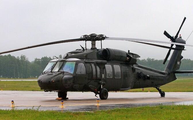 Kopter Black Hawk.
