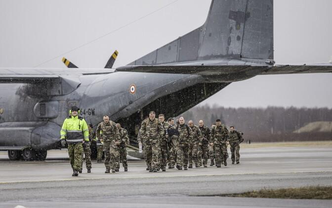 Esimeste Prantsuse sõdurite saabumine Eestisse.