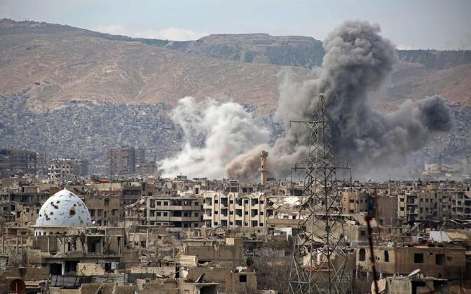 Õhurünnak Jobari linnaosas.