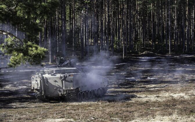 Soomuskool viis läbi esimesed jalaväe lahingumasinate CV9035 lahinglaskmised.