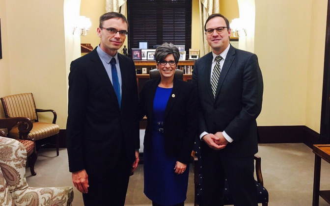 Estonian Minister of Foreign Affairs Sven Mikser (left) at his meeting with Sen. Joni Ernst, R-Iowa (center) in Washington. March 23, 2017.