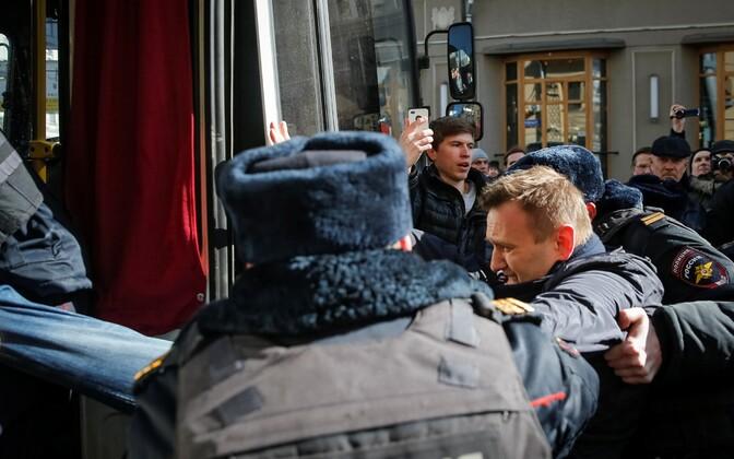 Aleksei Navalnõi peeti Moskva meeleavaldusel kinni.