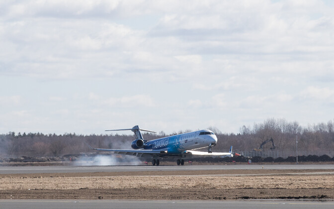 A Nordica jet taking off at Tallinn Airport.