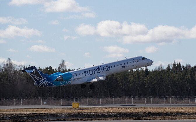 Nordica jet taking off in Tallinn.