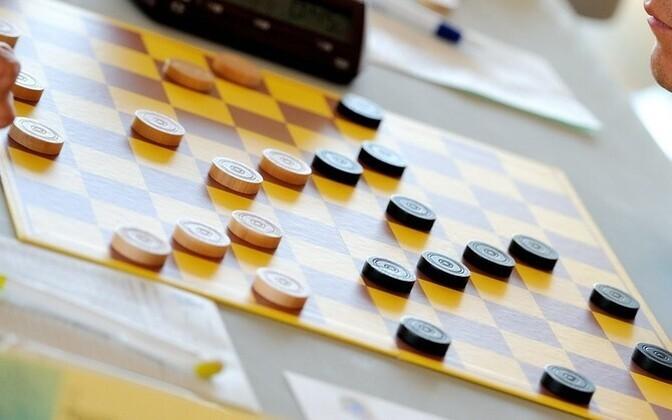 Международные шашки.
