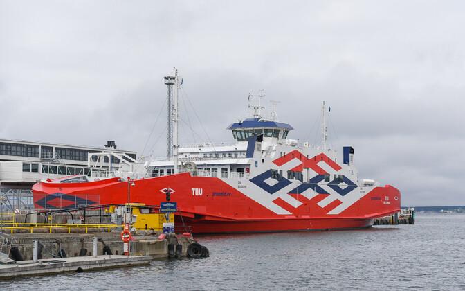 The ferry Tiiu.
