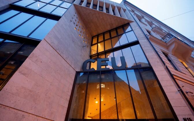 George Sorose asutatud Kesk-Euroopa Ülikooli hoone Budapestis.