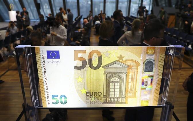 В Эстонии в апреле 2017 года в оборот вошли новая 50-евровая купюра.