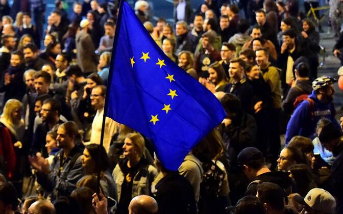 Meeleavaldajad Ungari parlamendi juures.