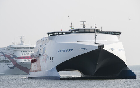 Viking FSTR high-speed catamaran, with a Tallink ferry visible in the background.