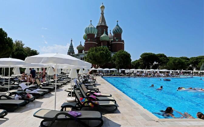 Kremlin Palace Hotel в турецкой Анталии.