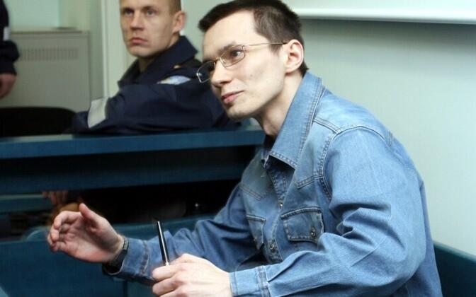 Юрий Устименко продолжает судиться с эстонскими госучреждениями.