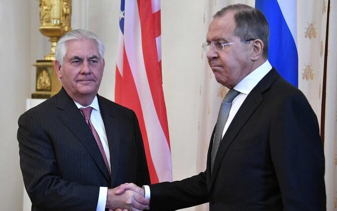 Рекс Тиллерсон (слева) и Сергей Лавров.