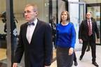 Директор Эстонского национального музея Тынис Лукас и президент Керсти Кальюлайд.