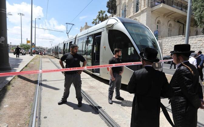Трамвай, в котором было совершено нападение на туристку.
