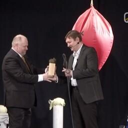 Raivo E. Tamm sai Oskar Lutsu huumoripreemia.