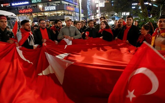Сторонники Эрдогана в Германии.
