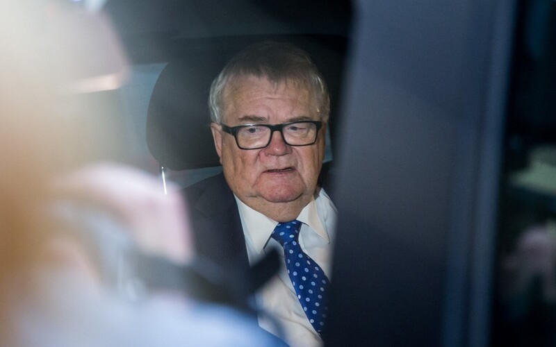 A court ordered an assessment of Tallinn ex-mayor Edgar Savisaar's health to determine if he was fit to stand trial.